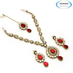 Kundan Fashion Necklace Jewelry Set