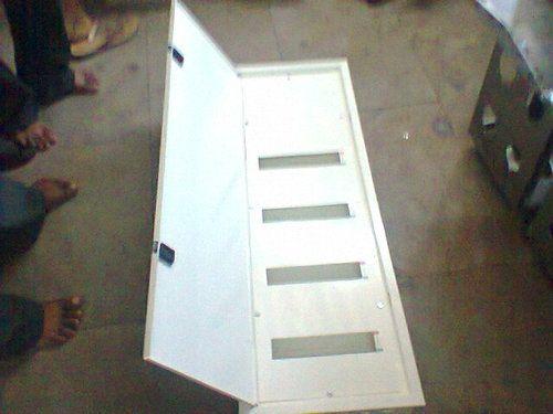 Power Distribution Box