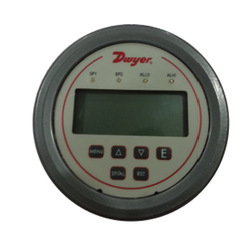 Dwyer Digihelic Differential Pressure Controller
