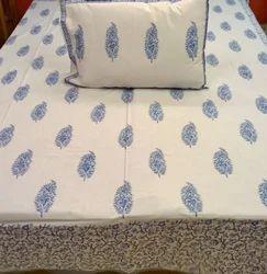 Duvet With Pillows