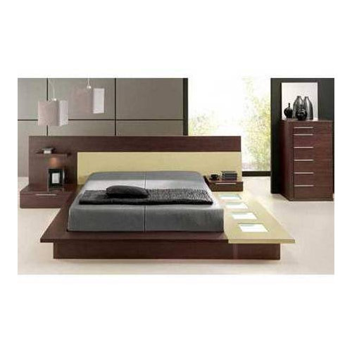 Wooden bed designs catalogue home decor and interior design for Double bed design photos