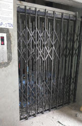 Goods Elevator Maxx Platform Lifts Manufacturer From Delhi