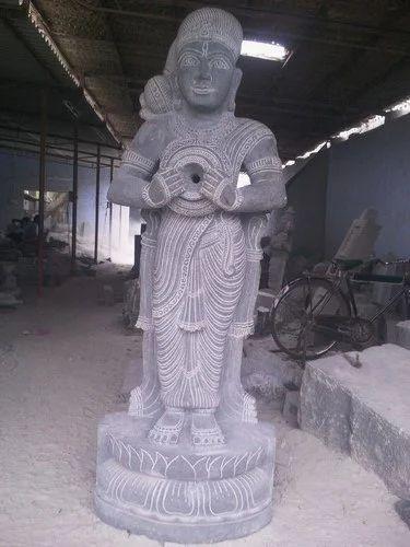 Kaveri Amman Statue