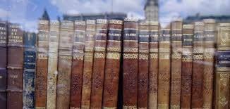 Travelogue Books