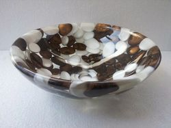 Prayosha Round Dark Copper White Pebbles Washbasin