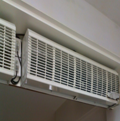 air curtains device