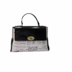 3231 Leather Hand Bag
