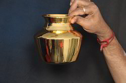 Gold Plated Kalasam Sombu 5 Inches Height