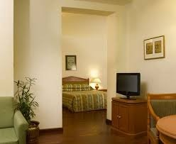 31 Centrally Air conditioned Rooms