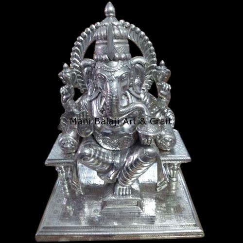 White Metal Ganesh Statue म टल क सफ द ध र म क