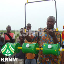KSNM Manual Improved Direct Paddy Seeder