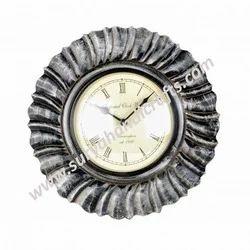 Clock Gray