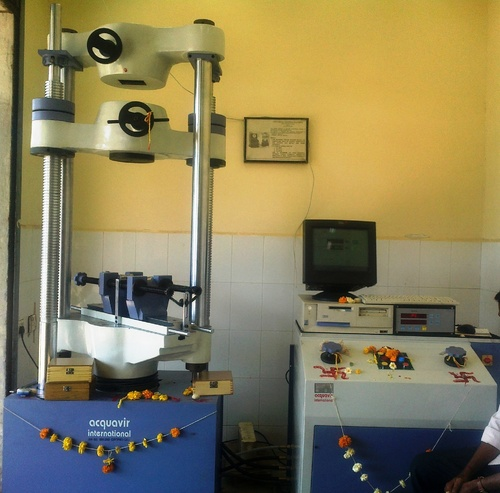 Material Lab Equipment Universal Testing Machine Cap