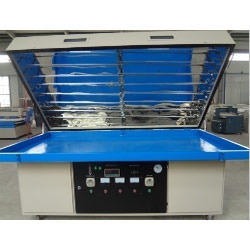 Acrylic Vacuum Forming Machine