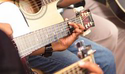 Guitar service