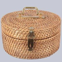 Round Wicker Lidded Box