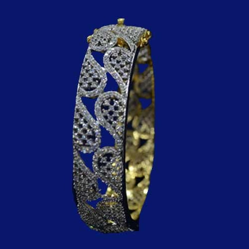 Arham Jewellers Manufacturer Of Cubic Zirconia Bangle