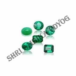 Emerald Mixed Shape Cut Stone