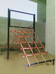 Playground Equipment 2 Sides Rope Ladder Climber