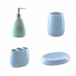 Acrylic Bathroom Set, Packaging Type: Box