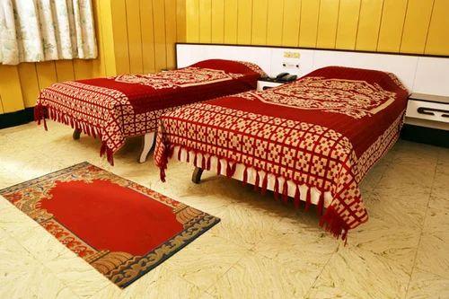 Queen Suite (2 Rooms) in Gandhipuram, Coimbatore, Hotel Sri