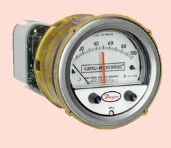 Capsu Photohelic Pressure Gauges