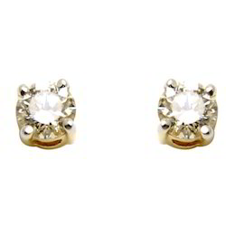 Yellow Gold Diamond Stud Earring