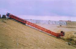 Canal Concrete Paver Machine