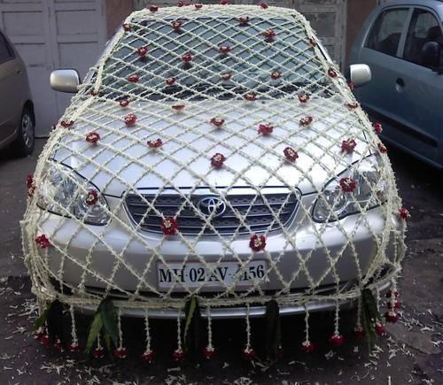 Car decoration for wedding in dadar mumbai id 9909717948 car decoration for wedding junglespirit Gallery