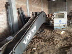 Volvo 210 Boom and Stick