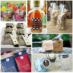 Wedding Gift Ideas Delhi : Assisted by professionalism, we are presenting Wedding Favors Gifts to ...
