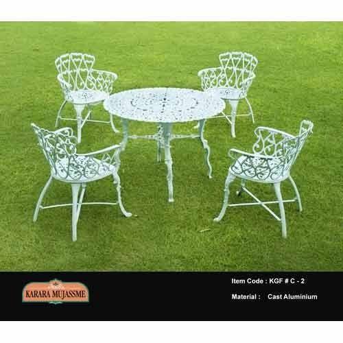 Karara Mujme Cast Iron Antique White Aluminum Outdoor Chair Set