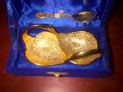 Golden Plated Duck with 1 Spoon