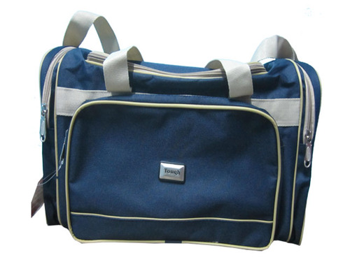 22920e7ee328 Attractive Traveling Bag