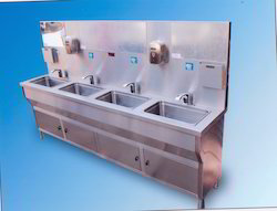 4 Taps Hand Wash Stations
