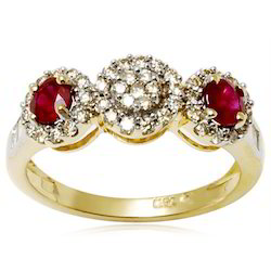 Cluster Diamond Ruby Yellow Gold Ring