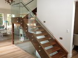 MS Glass Railing