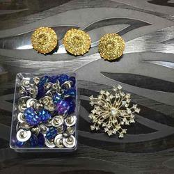 Fancy Buttons, Broaches