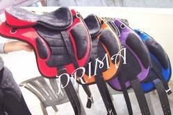 Horse Synthetic Treeless FreeMax Saddle