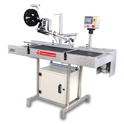 Top Bottom Labeling Machine