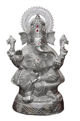 Silver White Metal Ganesha Statue Rs 100 Unit Mangal Gift