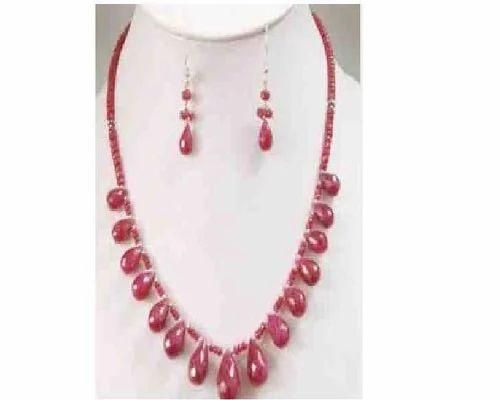 5ff4c25dcd664 Ruby Drop Stylish Necklace Set