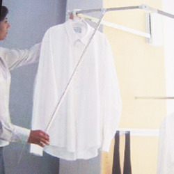Hanger Pull Out
