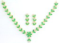 Emerald Gold Necklace Set