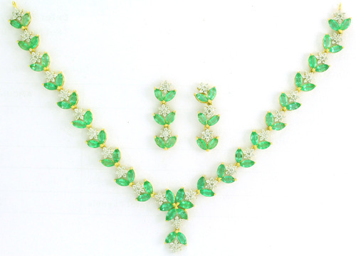 Emerald Gold Necklace Set At Rs 140000 Set Sindhi Camp Jaipur