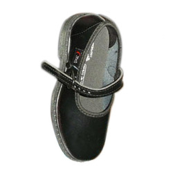 Girl School Shoes in Kolkata 086f4932de