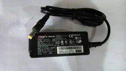 SCOMP Laptop Adapter HP 19V 1.58 A Mini