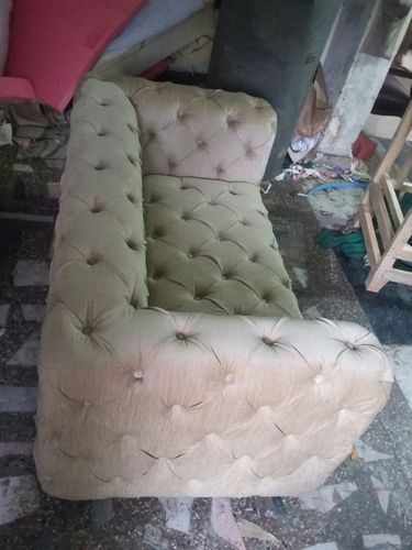 Chesterfield Sofa With Button फर न चर स फ Dinesh