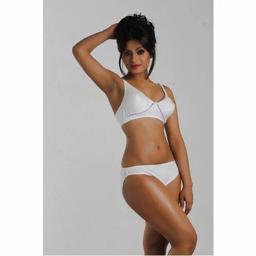 51b5a1cbb5 Ladies Bra and Panty Sets - Ladies Bra Manufacturer from New Delhi