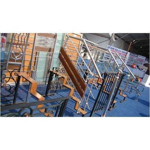 Wood Staircase Railing